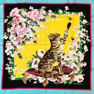 NWT DOLCE & GABBANA Bengal Cat & Butterfly Scarf